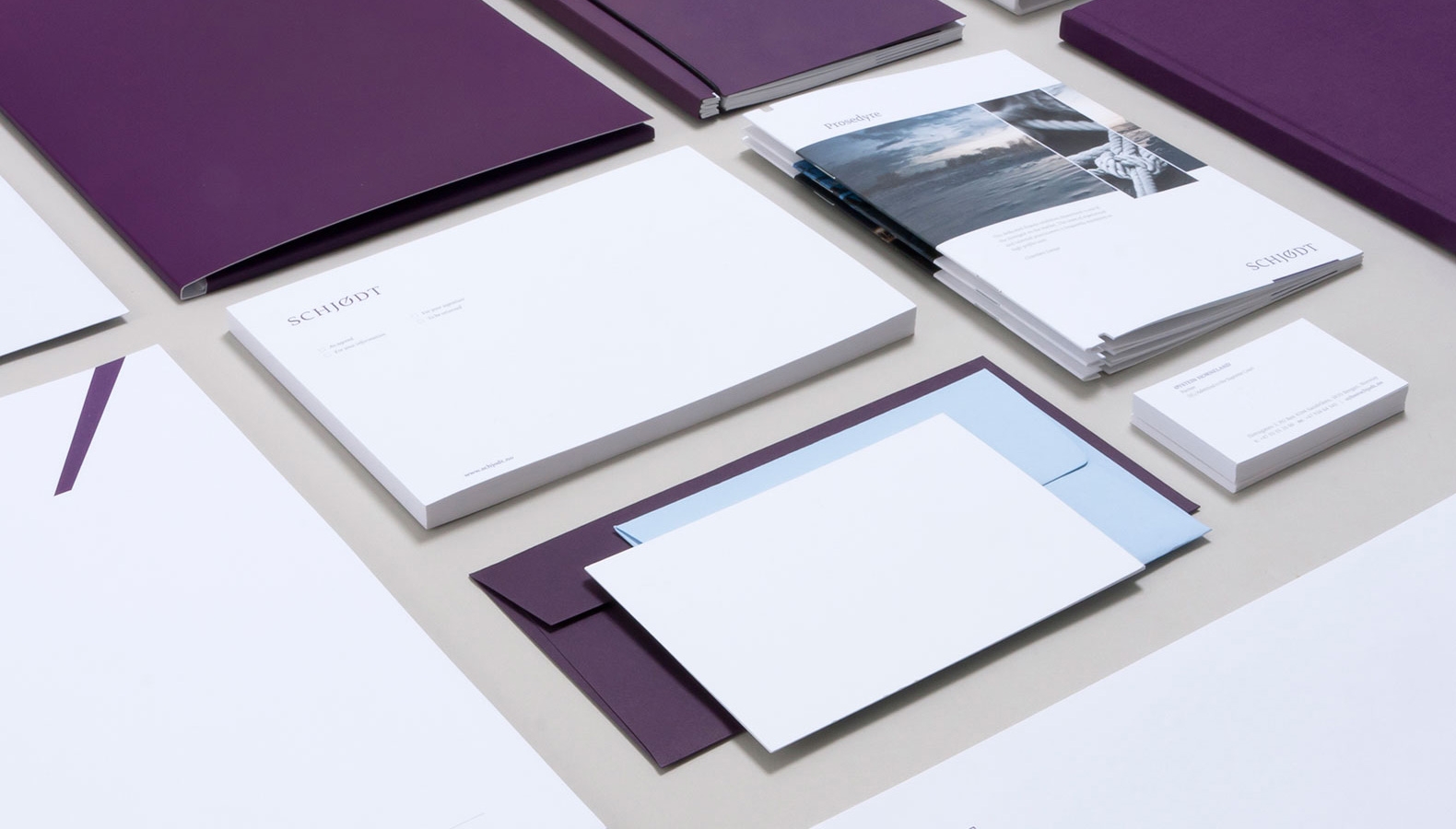 Violettes Corporate Design im Branding